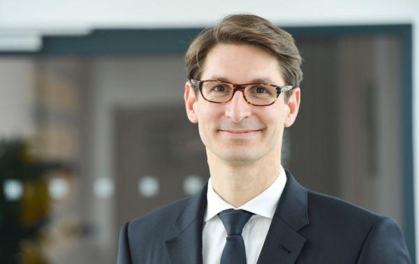 Gero Goetzenberger, new CEO of Athlon Car Lease International. ; ;