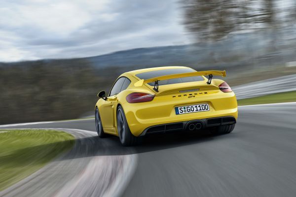 porsche-cayman-rear